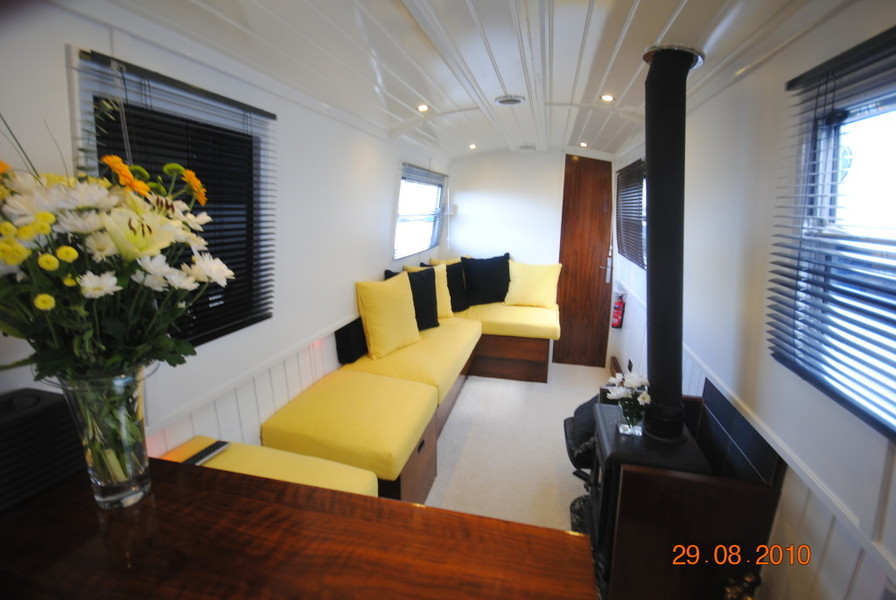Narrowboat For Sale Bespoke Boat Builders Canal Time Narrowboats Hire